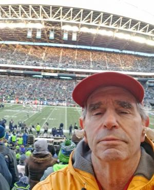 Mike Gold coping with the noise at the Clink. Photo credit: Mike Gold.