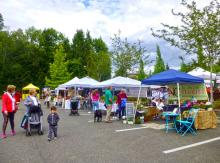 The Mill Creek Farmers Market opened for the season on May 25. Photo credit: Lesley Van Winkle.