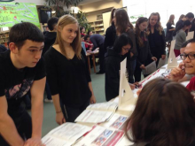 Jackson High School students learn about personal finances. Photo courtesy of Everett School District.