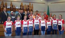Mill Creek Little League softball champions and city council. Photo credit: Kim Mason-Hatt.