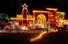 During this dark and often dreary time of year it's always fun to pile the kids in the car, bring along some hot cocoa to sip on, play Christmas music, and take a drive around local neighborhoods looking at Christmas light displays.
